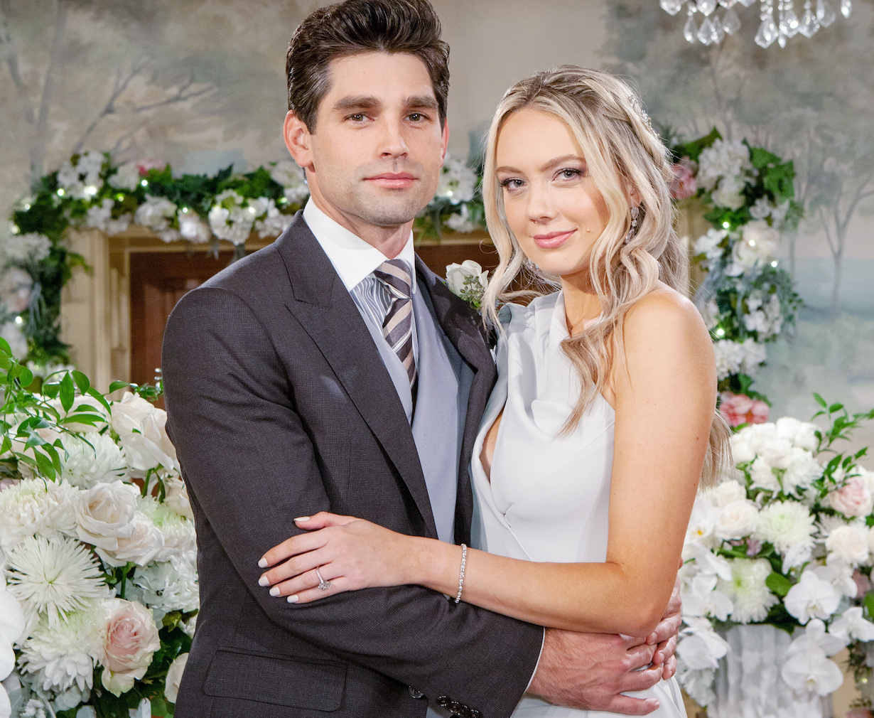 """Melissa Ordway, Justin Gaston """"The Young and the Restless"""" Set Wedding CBS television City Los Angeles 11/05/20 © Howard Wise/jpistudios.com 310-657-9661"""