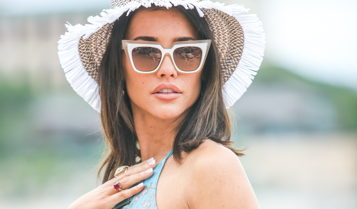 THE BOLD AND THE BEAUTIFUL steffy jacqueline macinnes wood hat beach glasses