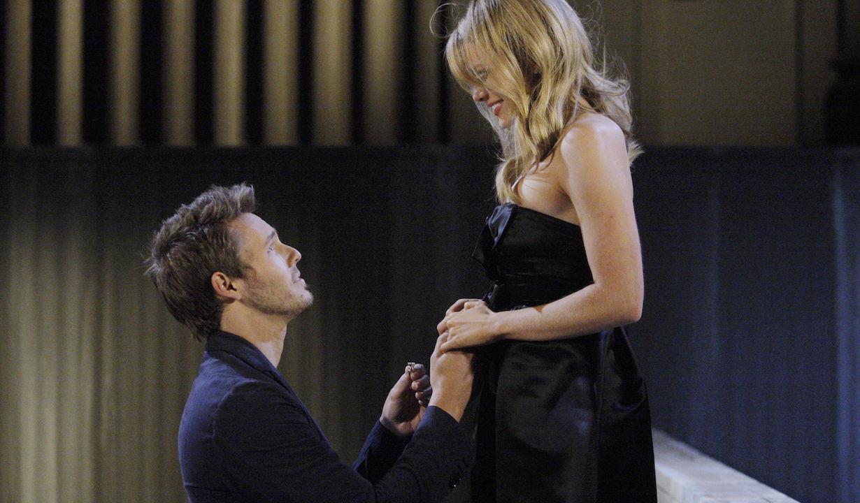 "Kimberly Matula, Scott Clifton""The Bold and the Beautiful"" Set CBS Television CityLos Angeles07/06/11©sean smith/jpistudios.com310-657-9661Episode # 6138U.S.Airdate 08/22/11"