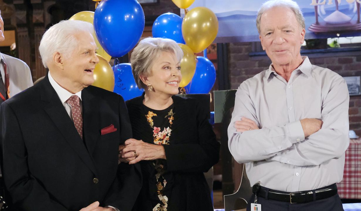 "Ken Corday, Bill Hayes, Susan Seaforth Hayes""Days of our Lives"" Set Celebrating Renewal for Two Years NBC StudiosBurbank05/11/21© XJJohnson/jpistudios.com310-657-9661"