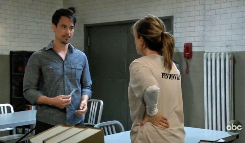 Nikolas visits Alexis prison GH