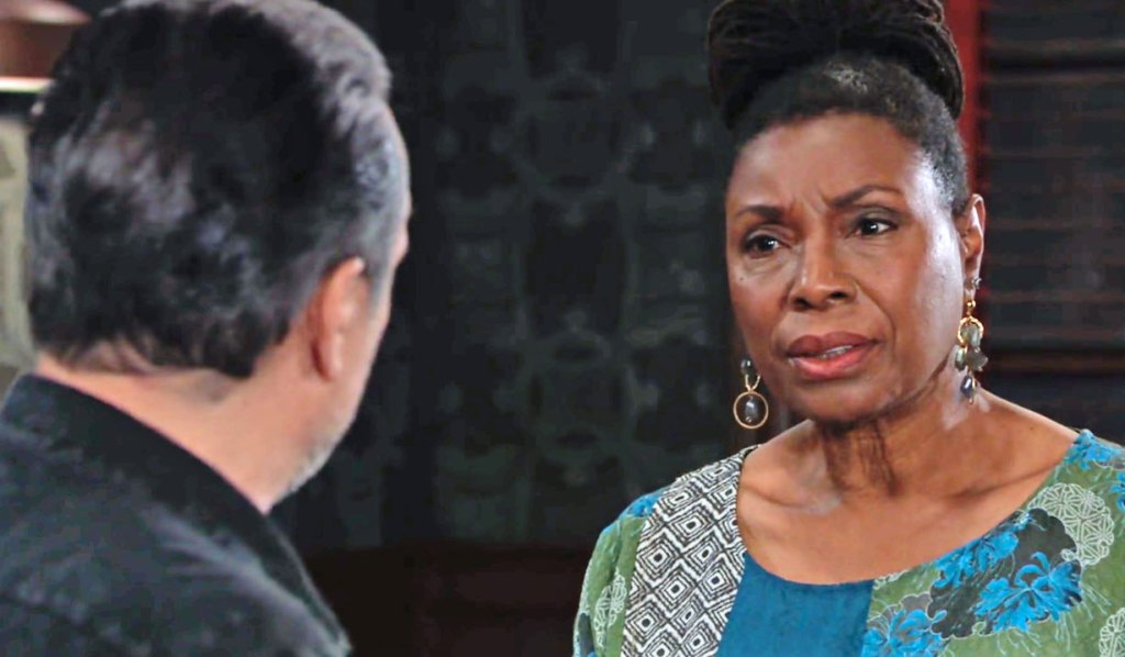 Phyllis talks to Mike about Nina GH
