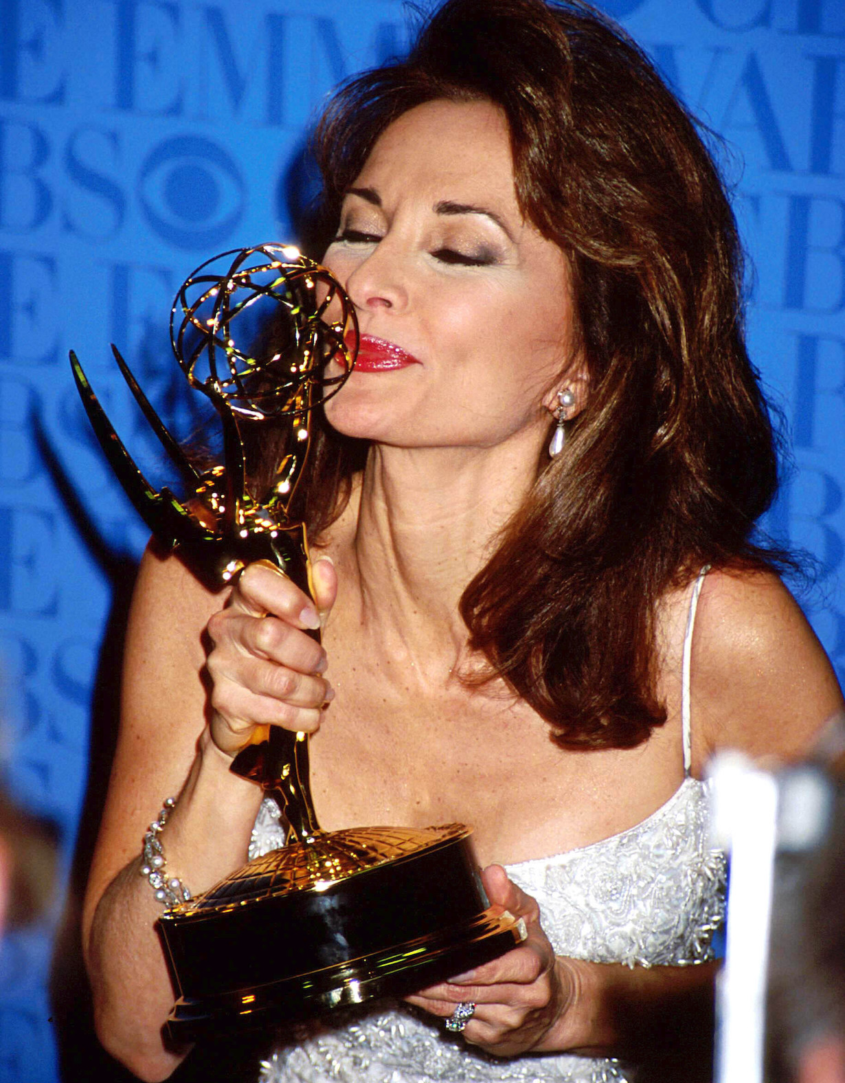 Susan Lucci at the 26Th Daytime Emmy Awards win At Madison Square Garden Theatre In New York City 5-21-1999 Credit: 2084426Globe Photos/MediaPunch /IPX