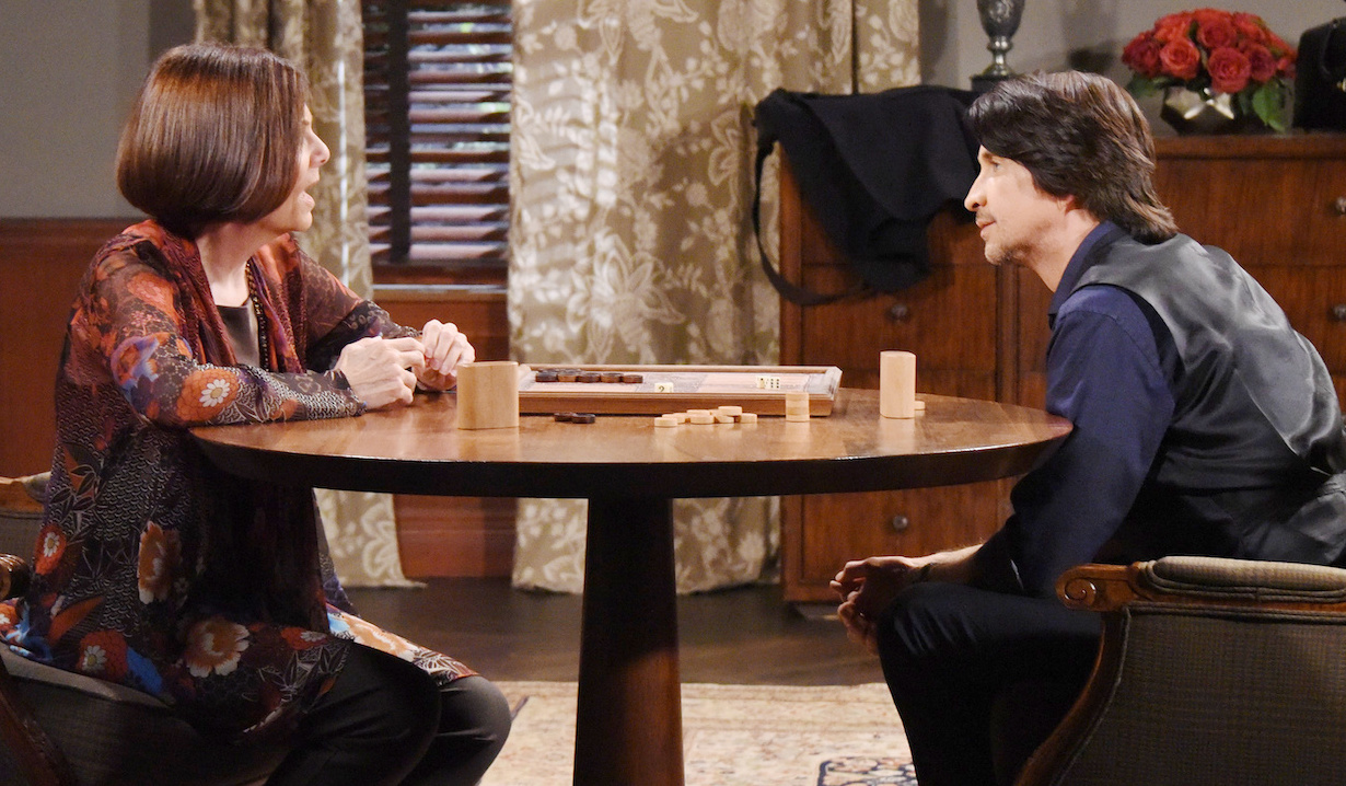 Tracy and Finn's unlikely friendship on General Hospital
