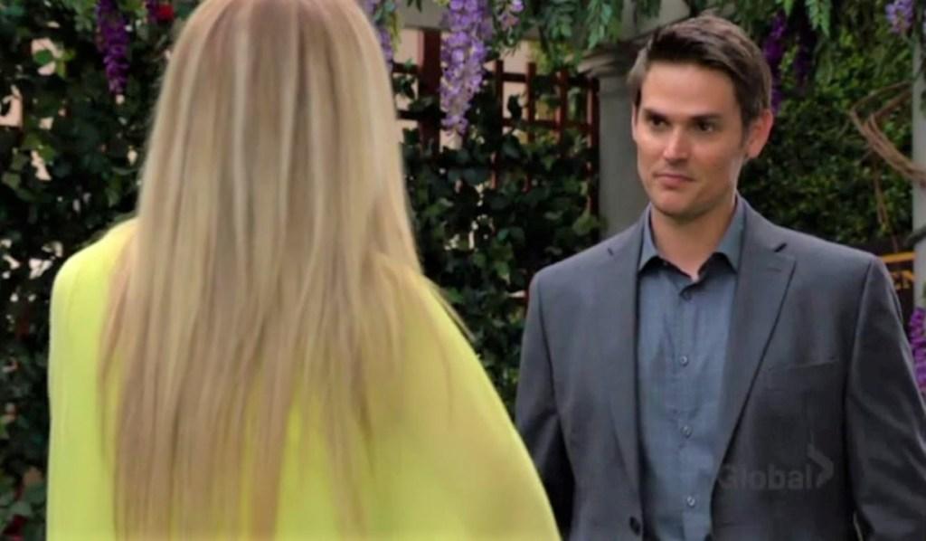 Adam bumps into Sharon in the park Y&R