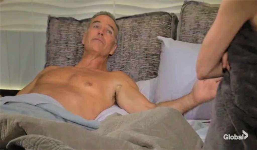 Ashland and Victoria lounge in bed at Grand Phoenix Y&R