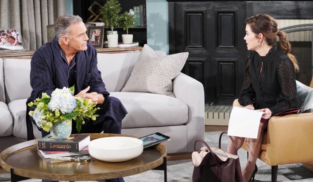 Ashland and Victor plan New York trip at home Y&R