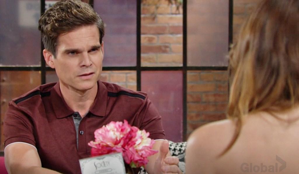 Kevin upset with Chloe Y&R