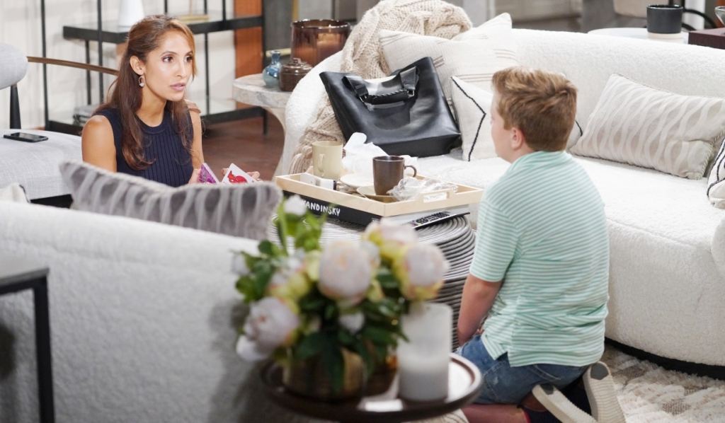 Lily and Johnny discuss Ashland at home Y&R
