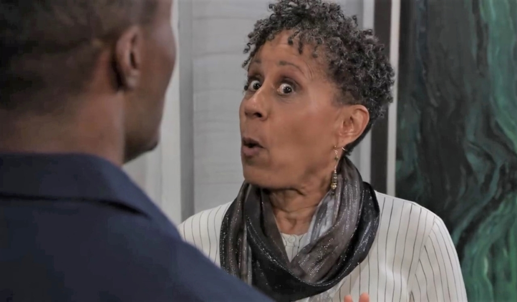 Stella orders Shawn out at Metro Court General Hospital