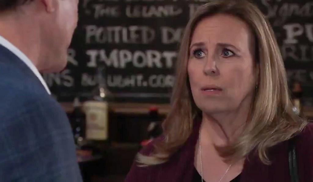 Laura learns about Nikolas' trap