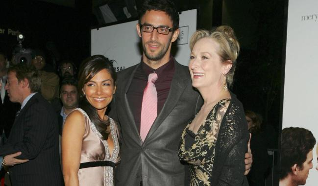 Vanessa Marcil, Ben Younger, Meryl Streep at arrivals for The Universal Pictures'' Premiere of PRIME, The Ziegfeld Theatre, New York, NY, Thursday, October 20, 2005. Photo by: Gregorio Binuya/Everett Collection