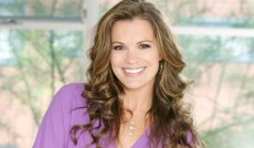Post-Maternity Leave, Young & Restless' Melissa Claire Egan Teases Chelsea's Return 'Sans the Mental-Hospital Scrubs'