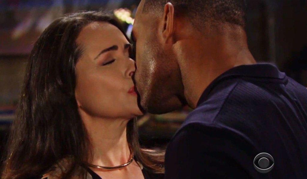 quinn and cater kiss again at the loft bb