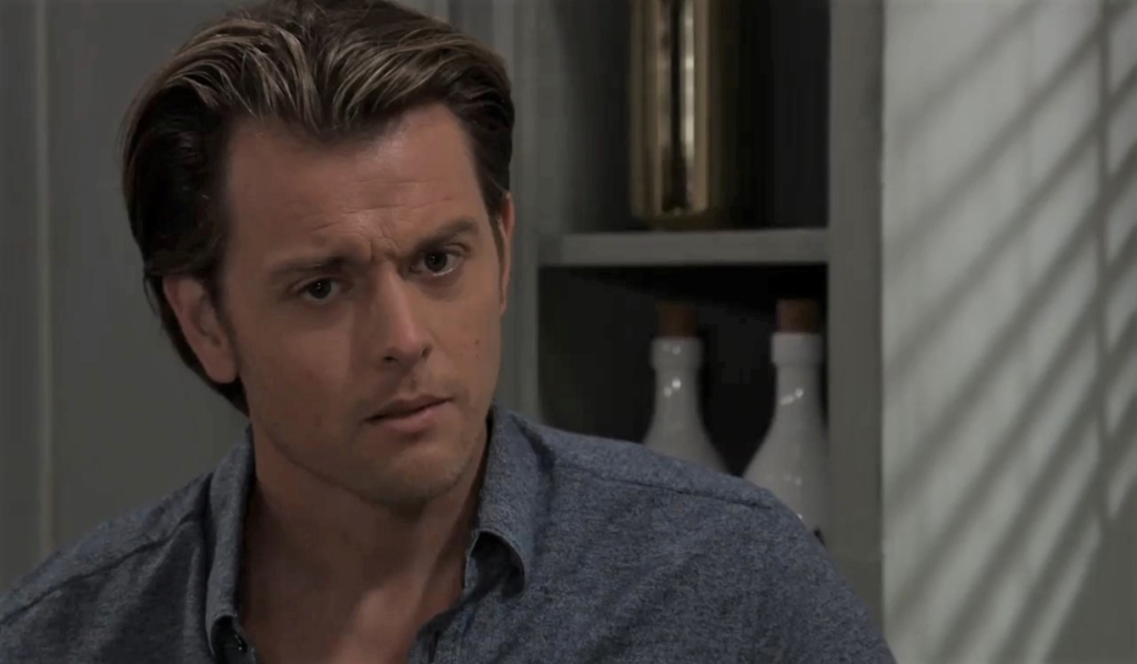 Carly and Michael talk wedding in Corinthos kitchen General Hospital