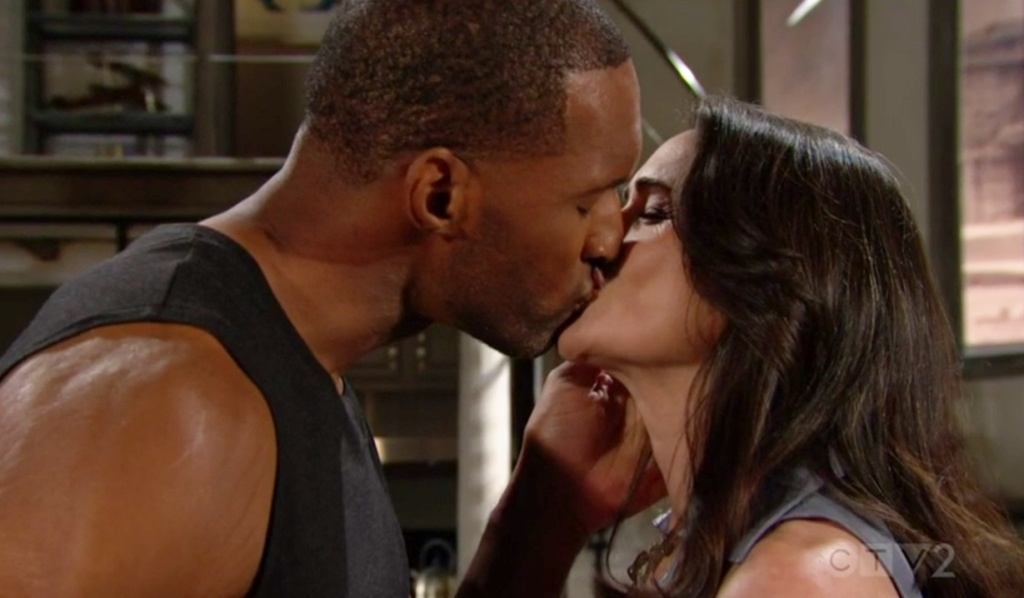 Carter, Quinn kiss B&B