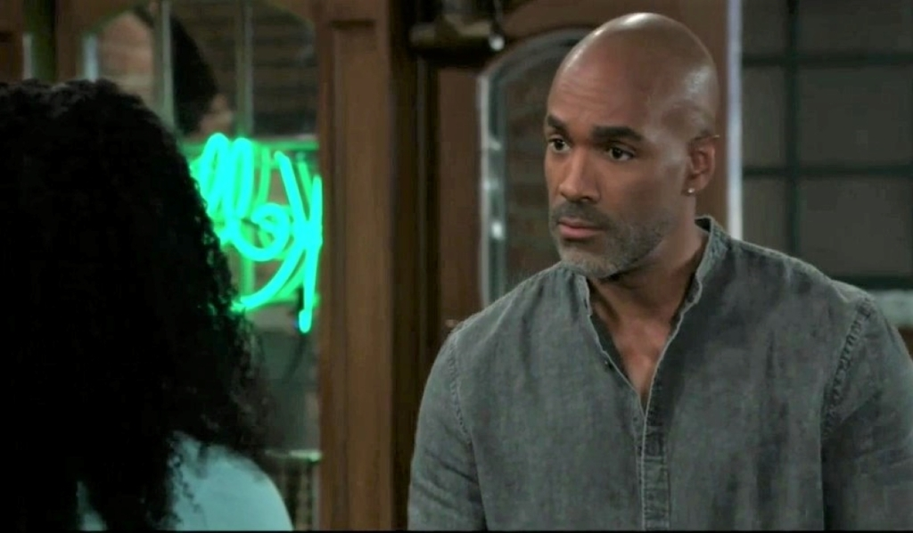 Curtis and Trina discuss her mom at Kelly's General Hospital