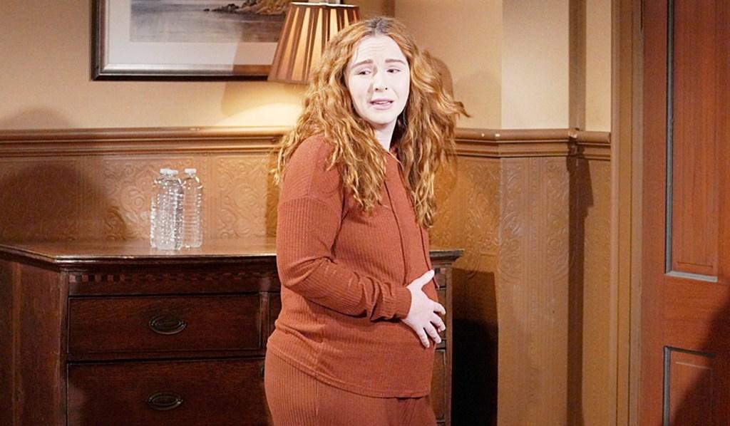 Mariah upset labor Y&R