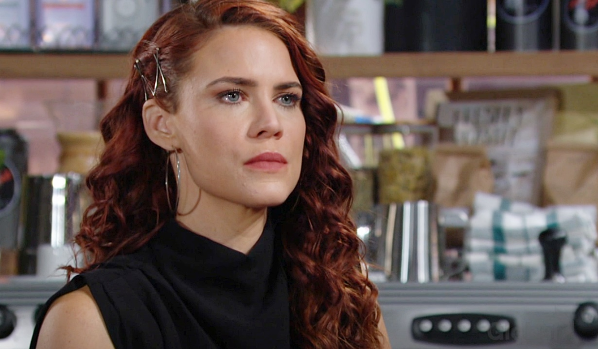 Young & Restless: Lauren Fires Sally as Phyllis and Jack Look On | Soaps.com