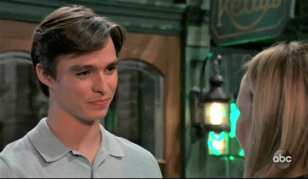 Spencer and Laura discuss his return outside Kelly's General Hospital
