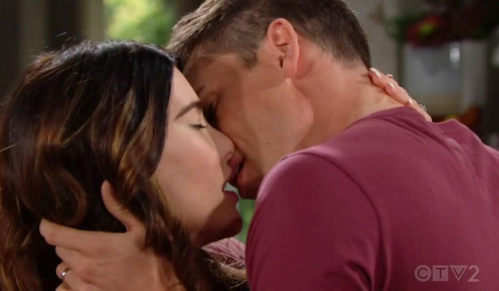 Steffy, Finn canoodle, kiss B&B