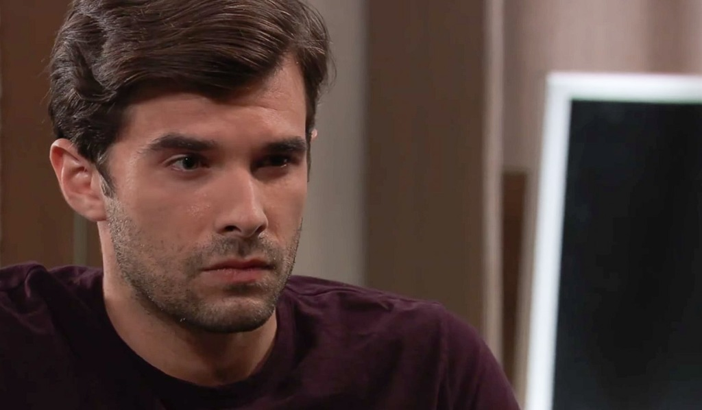 Chase is angry GH