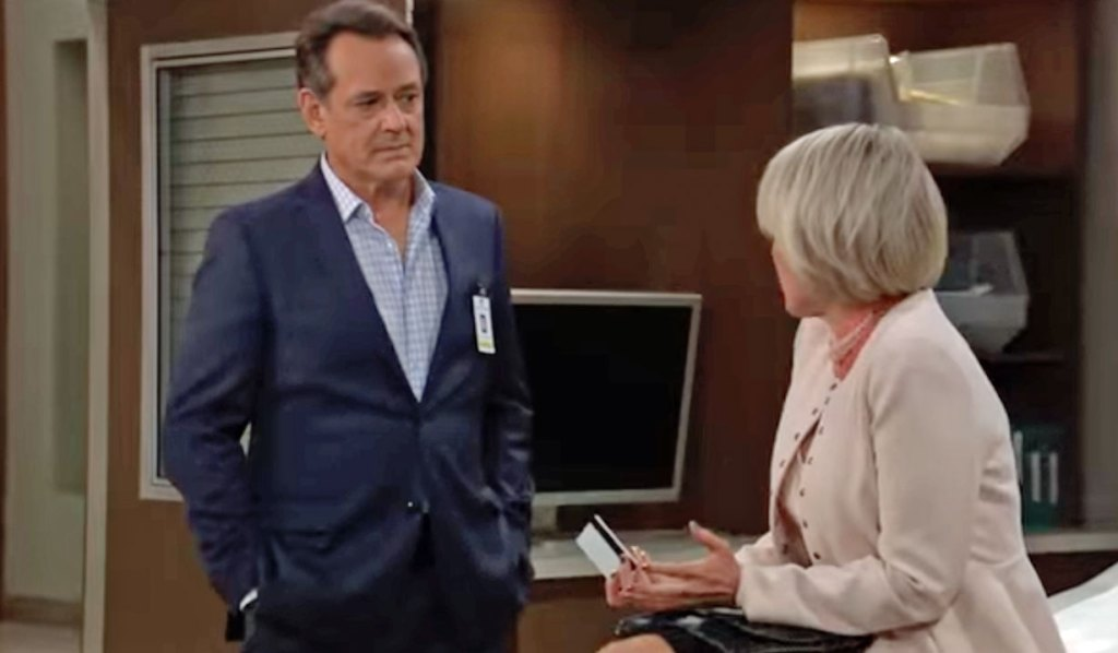 Ava turns to Kevin GH