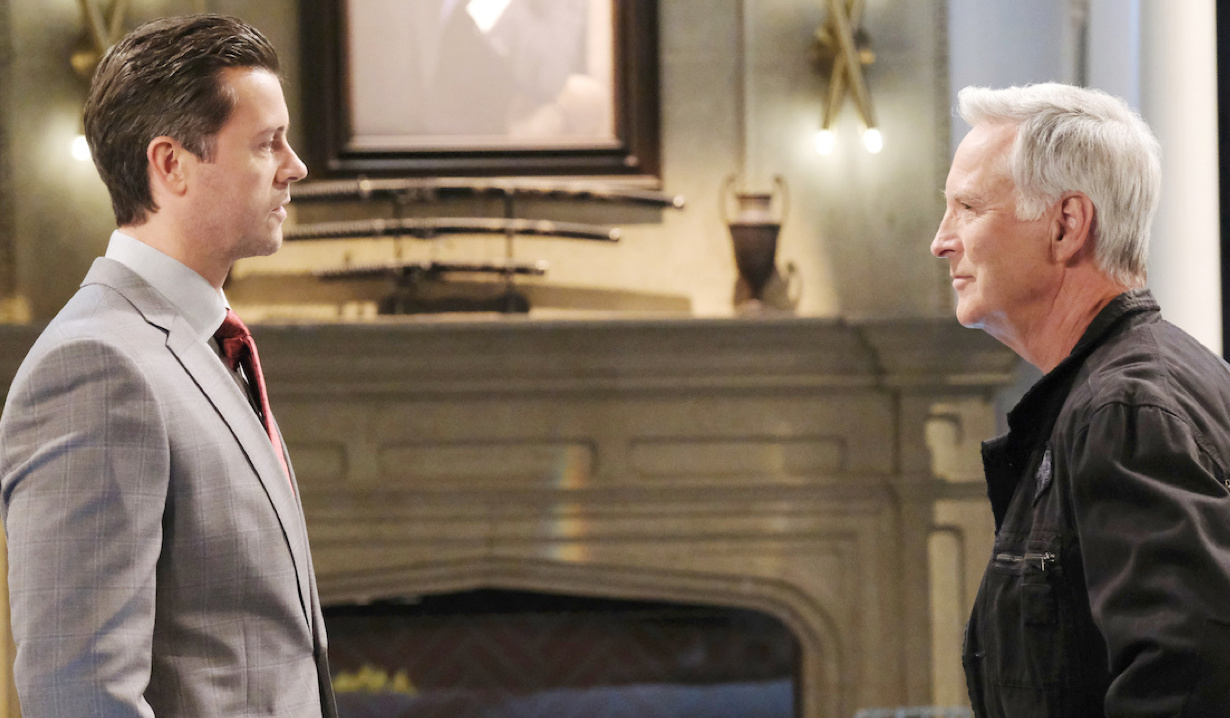 EJ and John have a heated discussion on Days of Our Lives