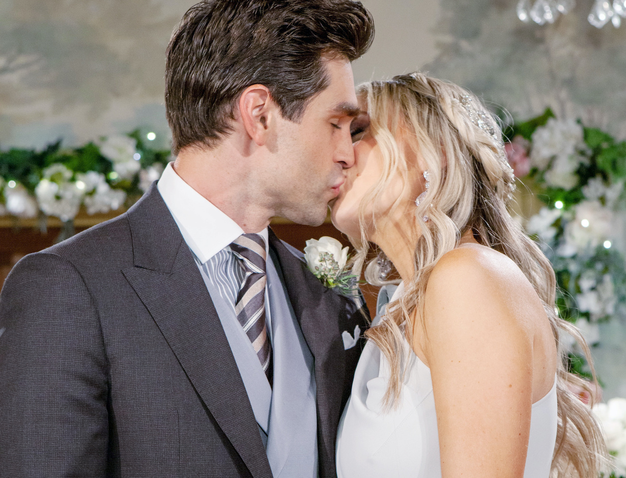 """Melissa Ordway, Justin Gaston""""The Young and the Restless"""" Set WeddingCBS television CityLos Angeles11/05/20© Howard Wise/jpistudios.com310-657-9661"""