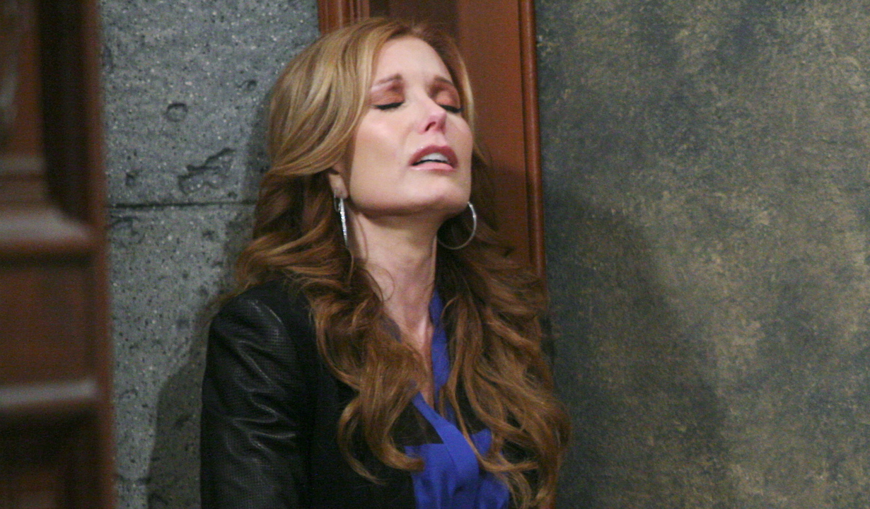 """yr trauma Tracey Bregman lauren """"The Young and the Restless"""" Set CBS television CityLos Angeles04/21/15© Howard Wise/jpistudios.com310-657-9661Episode # 10668U.S. Airdate 05/18/15"""