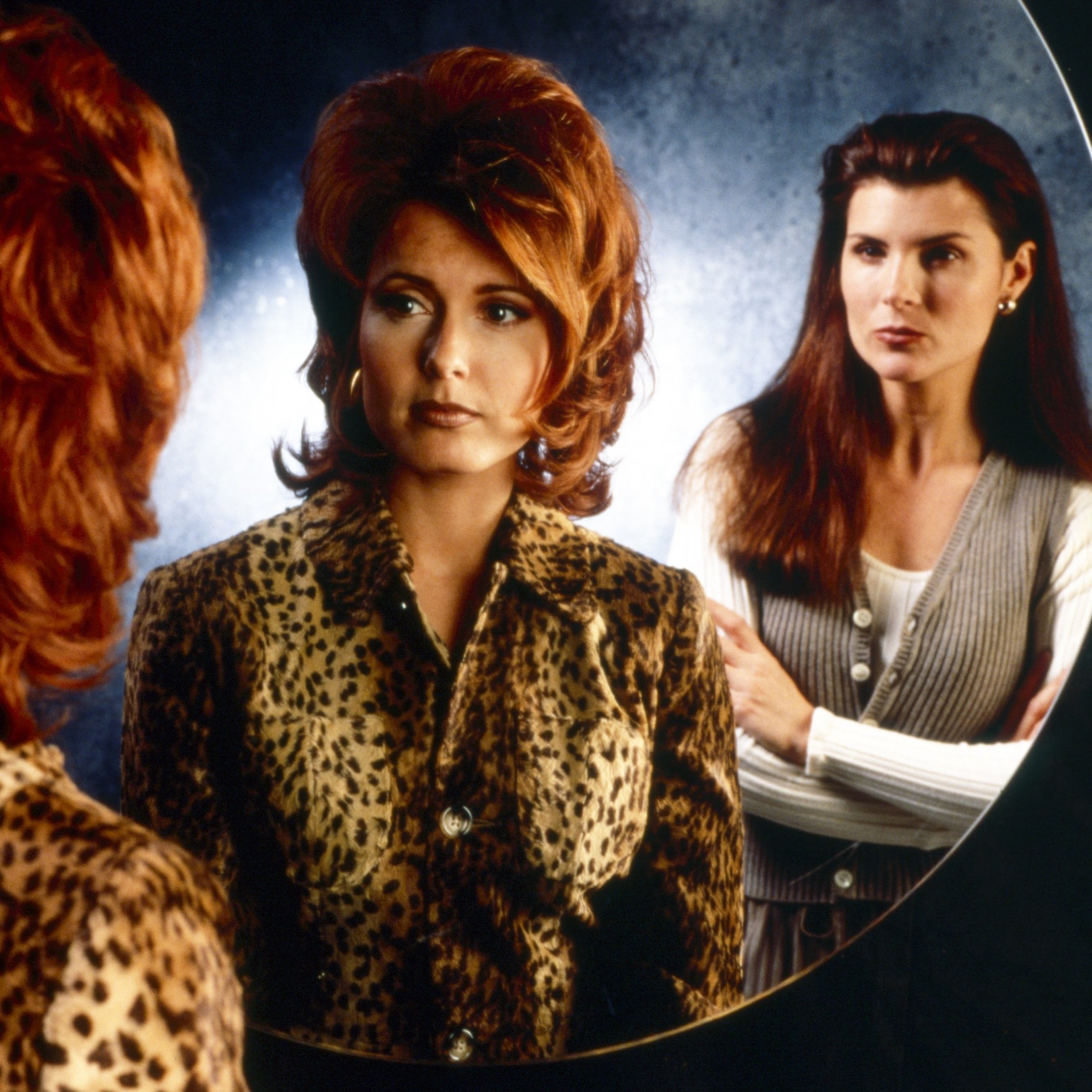 lauren sheila THE BOLD AND THE BEAUTIFUL, from left: Tracey E. Bregman, Kimberlin Brown, 1990s, 1987– . ph: Monty Brinton /© CBS / Courtesy Everett Collection