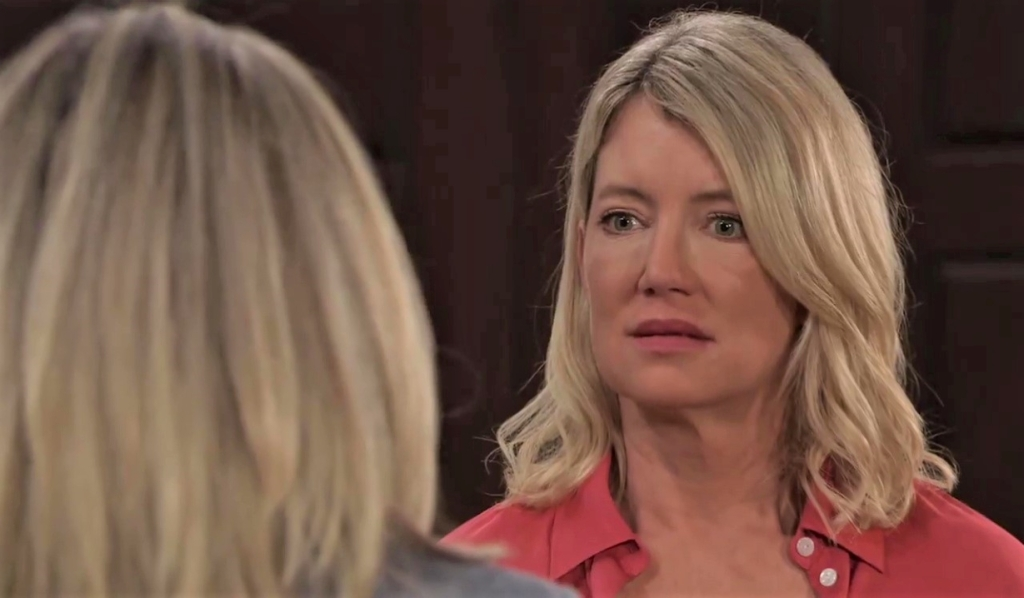 Carly confronts Nina at Quartermaine house General Hospital