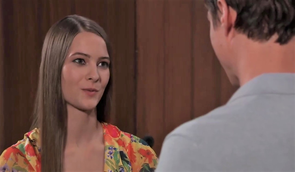 Esme and Spencer discuss his father at Wyndemere General Hospital