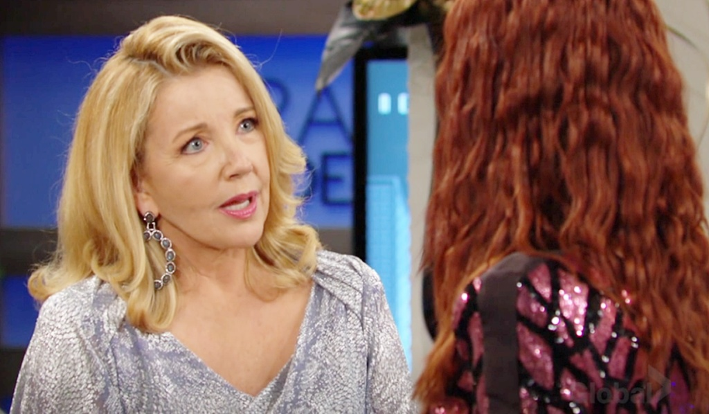 Nikki bawl out Sally Y&R