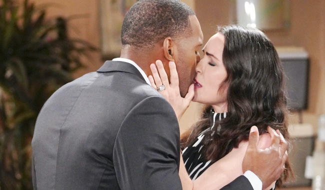 """carter quinn kiss Lawrence Saint Victor, Rena Sofer""""The Bold and the Beautiful"""" SetCBS Television CityLos Angeles, Ca.08/13/21© Howard Wise/jpistudios.com310-657-9661Episode # 8608U.S.Airdate 09/21/21"""