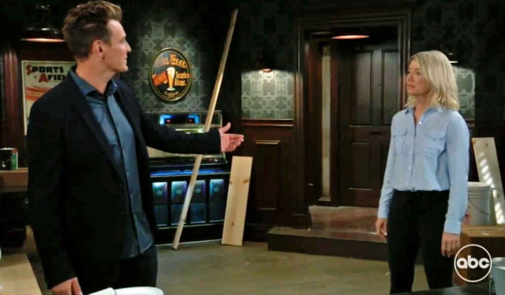 JAx confronts Nina and Mike GH