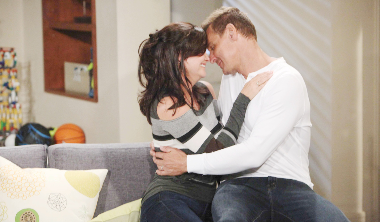 Katie Logan and Thorne Forrester canoodle on Bold and Beautiful