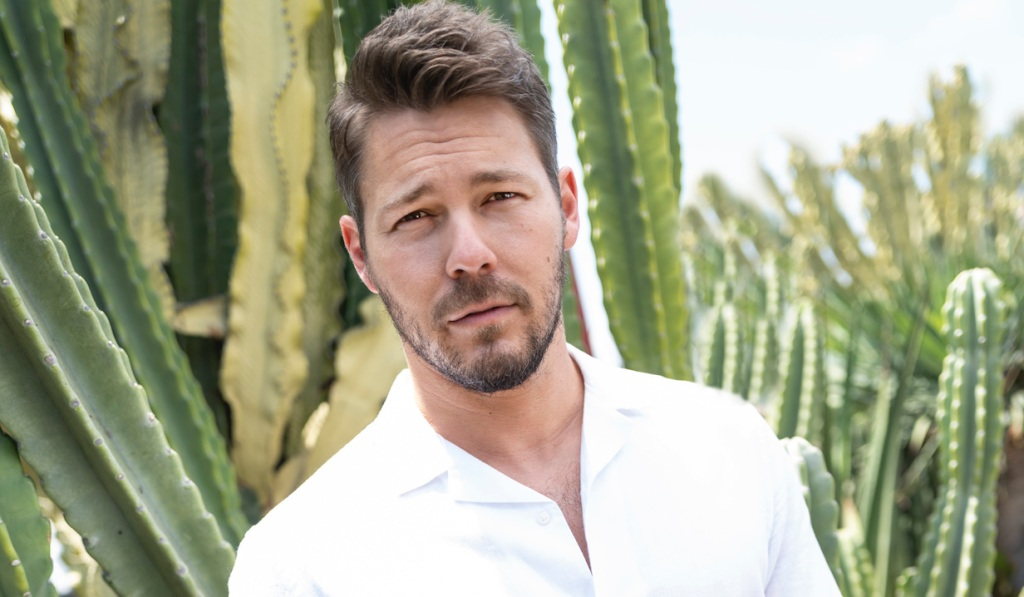 Scott Clifton of the CBS series THE BOLD AND THE BEAUTIFUL, Weekdays (1:30-2:00 PM, ET; 12:30-1:00 PM, PT) on the CBS Television Network. Photo: Sean Smith/CBS 2020 CBS Broadcasting, Inc. All Rights Reserved.