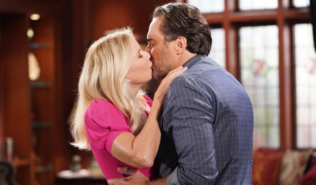 Brooke, Ridge kiss B&B
