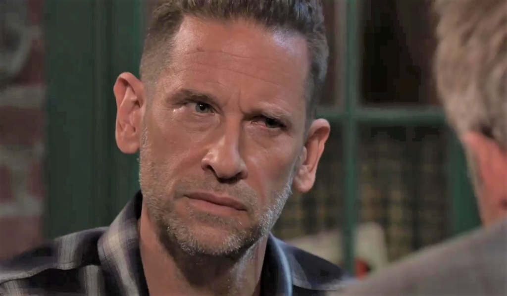Scott and Austin discuss his case at Kelly's General Hospital