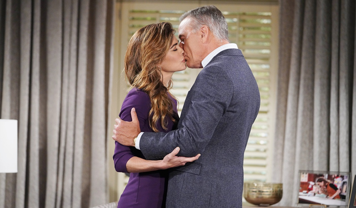 """Amelia Heinle, Richard Burgi """"The Young and the Restless"""" Set CBS television City Los Angeles 06/11/21 © Howard Wise/jpistudios.com 310-657-9661 Episode # 12156 U.S. Airdate 07/21/21"""