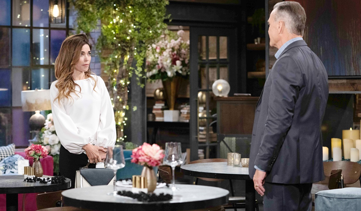 """Amelia Heinle, Richard Burgi """"The Young and the Restless"""" Set CBS television City Los Angeles 04/13/21 © Howard Wise/jpistudios.com 310-657-9661 Episode # 12112 U.S. Airdate 05/20/21"""