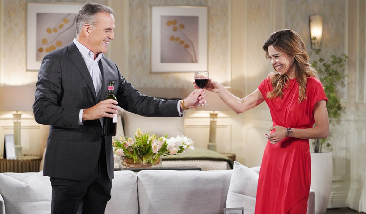 """Richard Burgi, Amelia Heinle """"The Young and the Restless"""" Set CBS television City Los Angeles 05/05/21 © Howard Wise/jpistudios.com 310-657-9661 Episode # 12129 U.S. Airdate 06/14/21"""