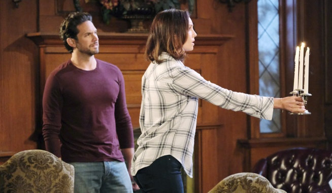 Jake and Gwen see something in the dark on Days of Our Lives
