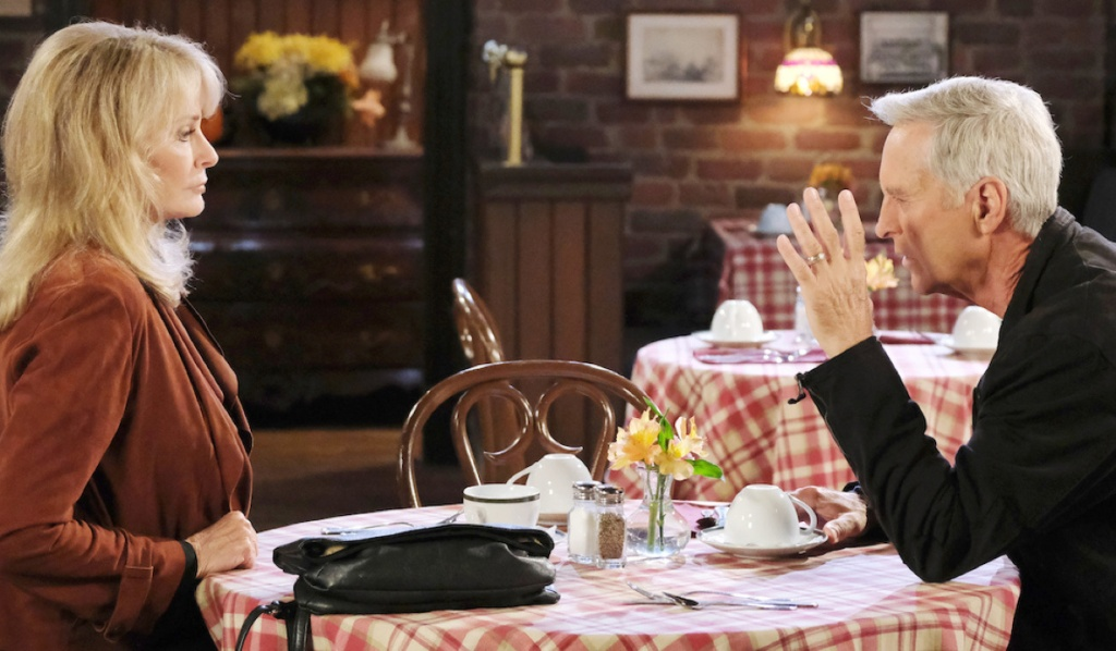 John and Marlena talk at Brady's Pub on Days of Our Lives