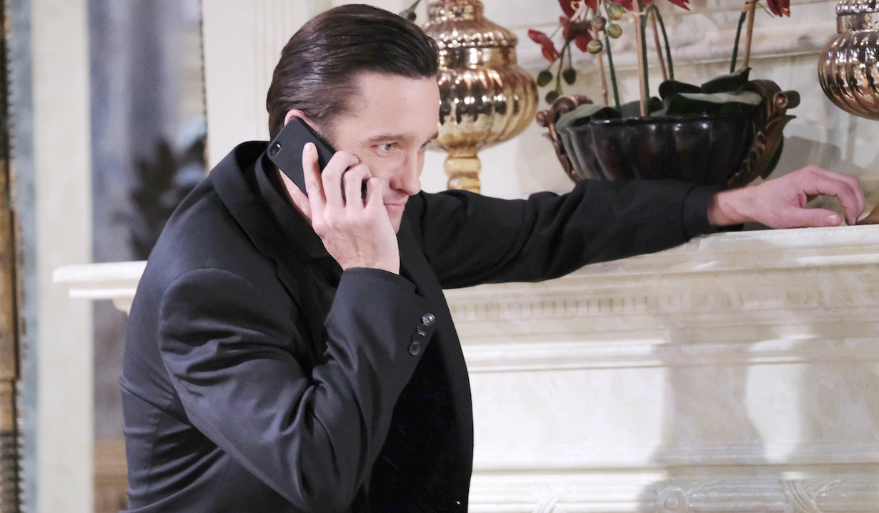 Philip makes secret call on Days of Our Lives
