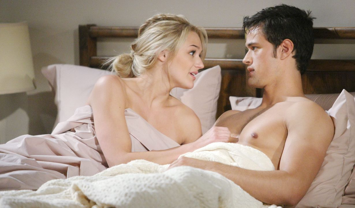 """Hunter King, Matthew Atkinson """"The Young and the Restless"""" Set CBS television City Los Angeles 05/13/14 © Sean Smith/jpistudios.com 310-657-9661 Episode # 10434 U.S. Airdate 06/16/14"""