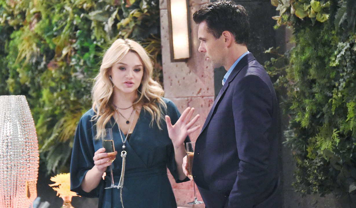 """Hunter King, Jason Thompson """"The Young and the Restless"""" Set CBS television City Los Angeles 05/17/18 © XJJohnson/jpistudios.com 310-657-9661 Episode # 11458 U.S. Airdate 06/22/18"""
