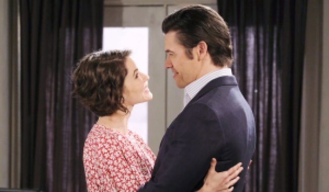Sarah and Xander in each other's arms on Days of Our Lives