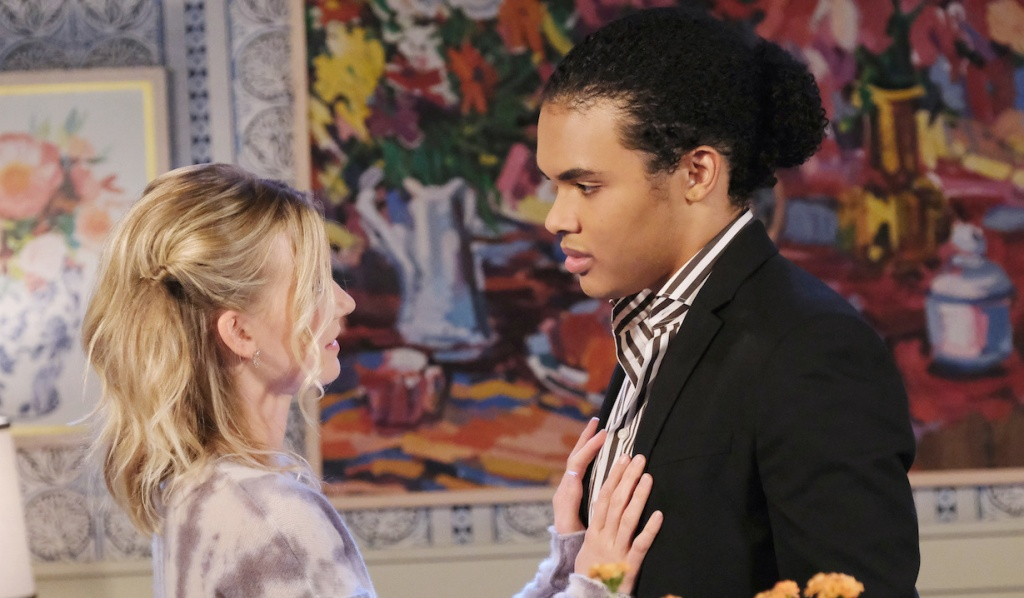Theo and Claire reconnect on Days of Our Lives